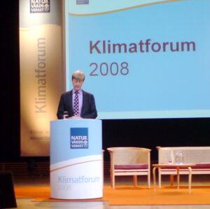 Andreas Carlgren vill att det ska kosta att förstöra miljön