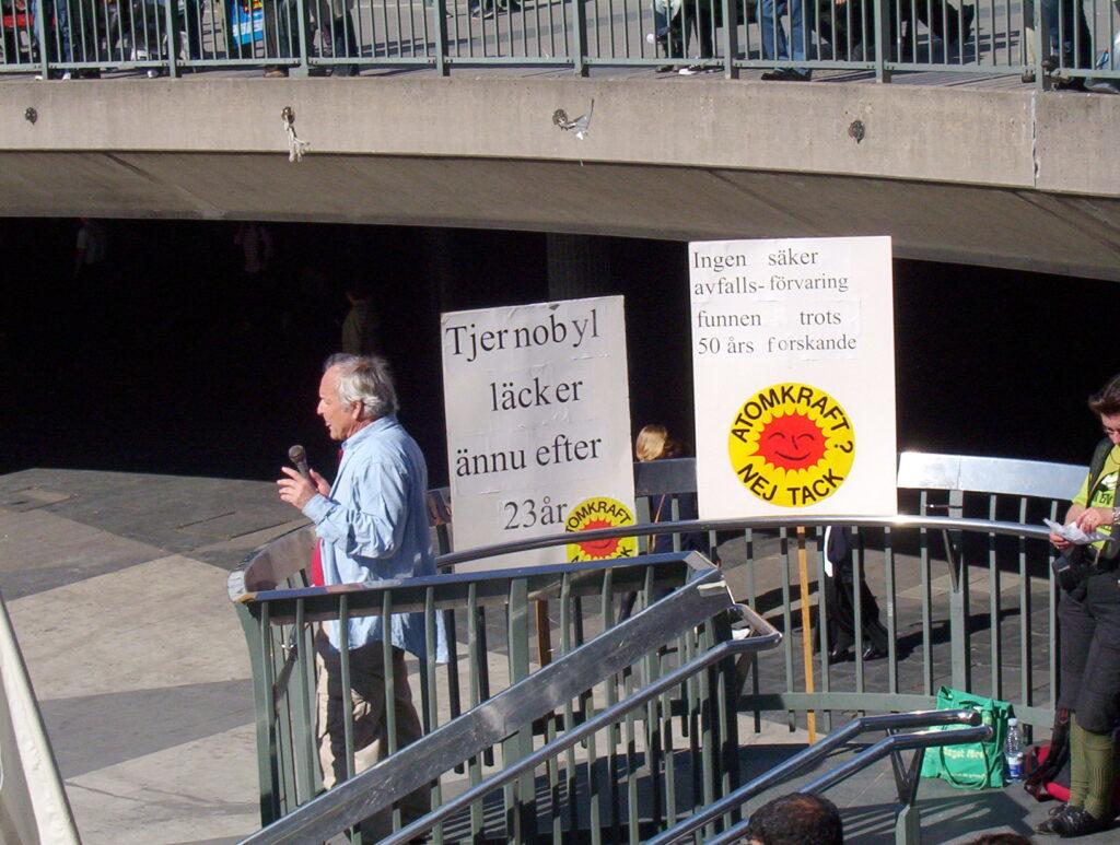 Mot kärnkraft och kärnvapen