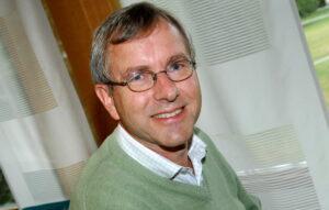 Professor Erland Källén