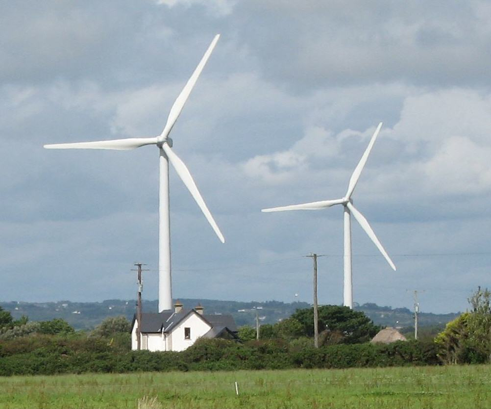 wind-turbine-and-house