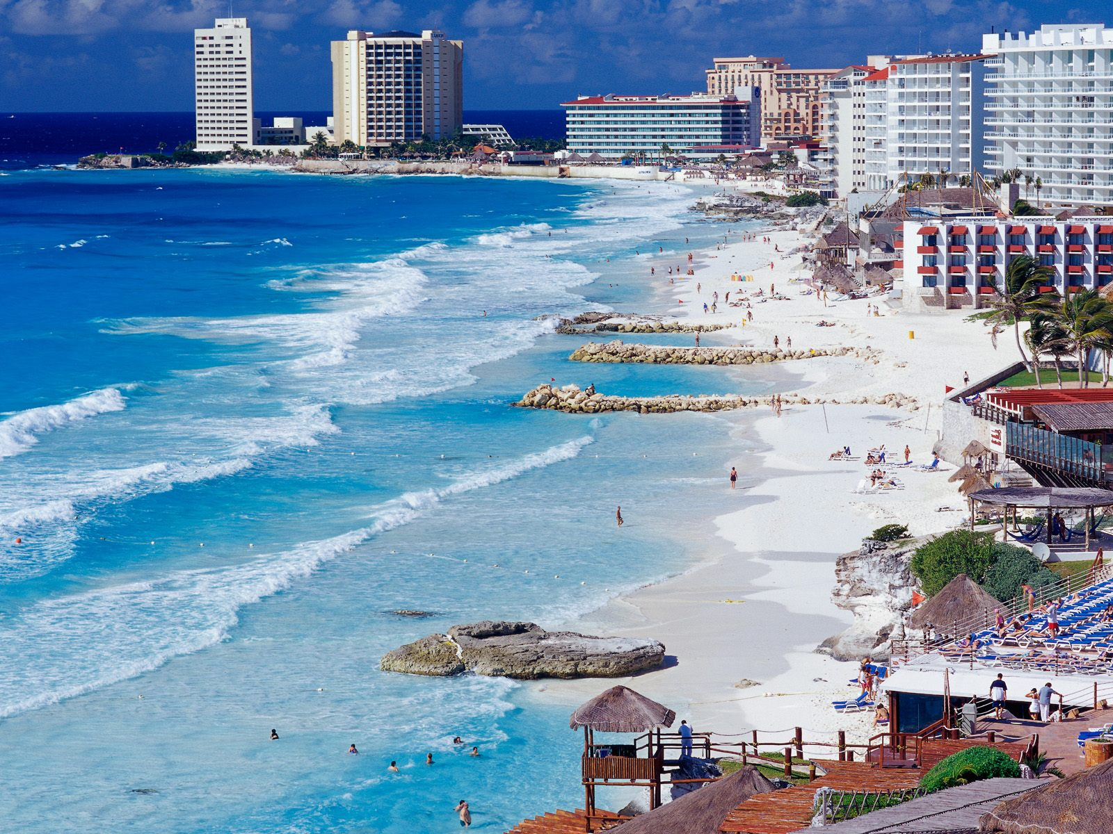 Cancun_Shoreline_Mexico