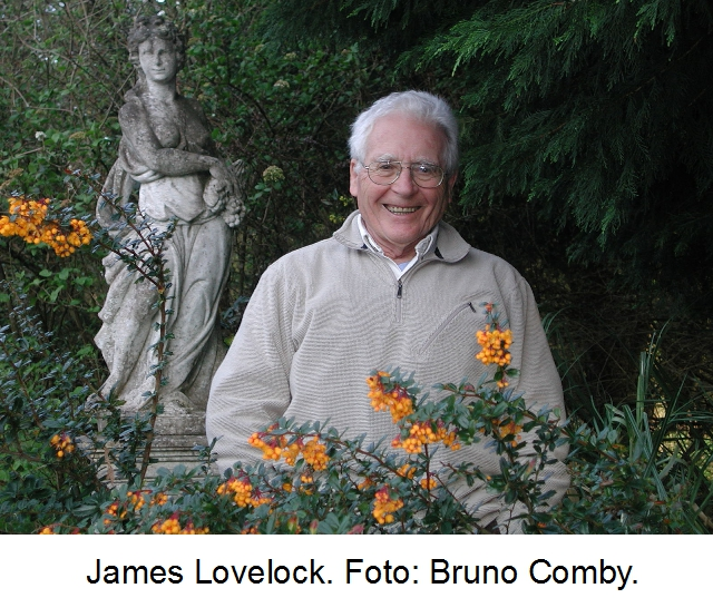 James_Lovelock_in_2005