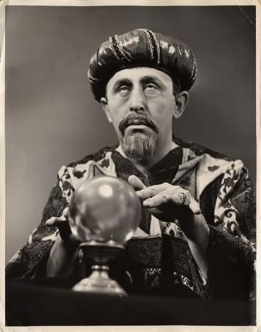 fortune-teller-378w