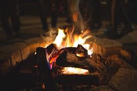 bonfire-698646__180
