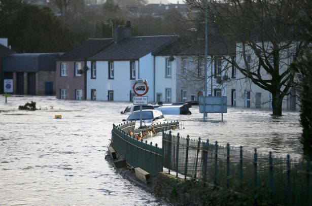översvämning UK