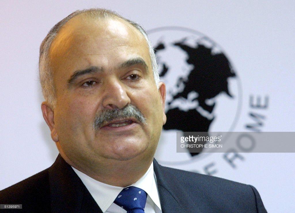 Jordaniens prins El Hassan bin Talal (1947-), ordförande för Romklubben 1999-2007