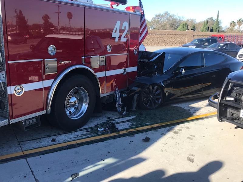 Tesla_crash1